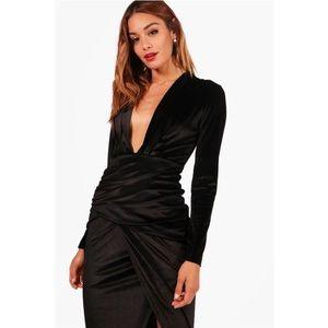 NWT Boohoo Velvet Rouged Maxi Dress Black